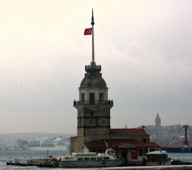 Maiden's Tower as nightlife venue