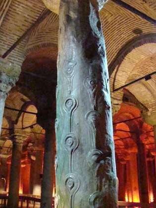 Basilica Cistern column